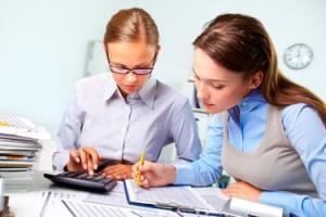 Auxiliar de análisis económicos y financieros en sanidad